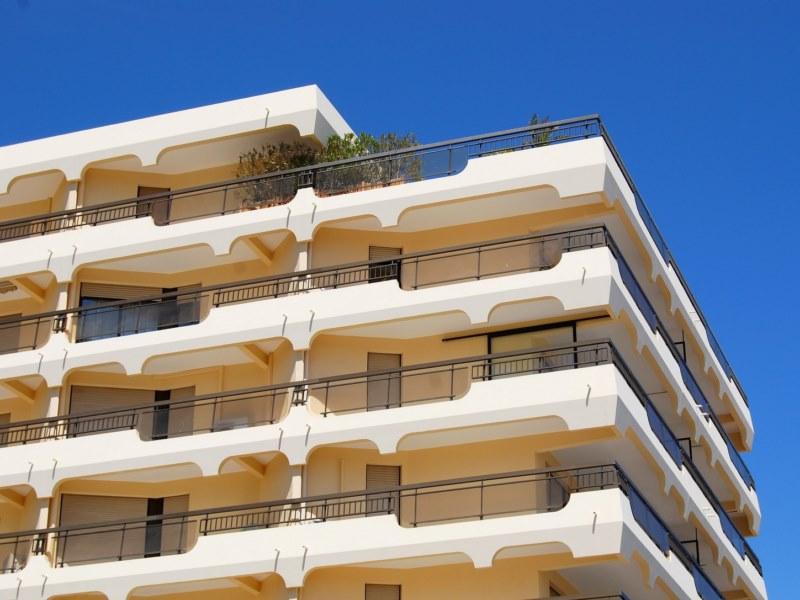 solutions pour l 39 tanch it des terrasses des toits terrasses et des balcons arcane industries. Black Bedroom Furniture Sets. Home Design Ideas