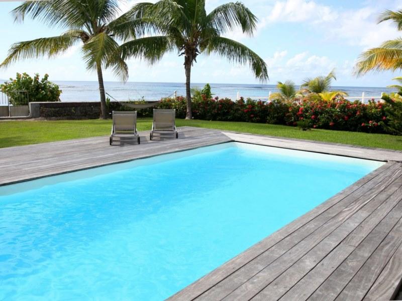 les couleurs d une peinture pour une piscine en b ton toulouse arcane industries. Black Bedroom Furniture Sets. Home Design Ideas