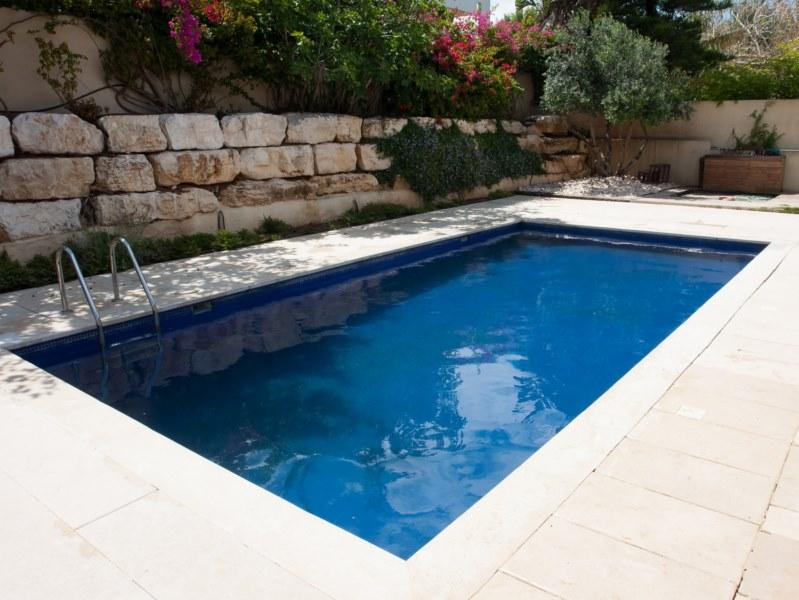 enduit d 39 tanch it des piscines monoblocs en b ton arm bordeaux arcane industries. Black Bedroom Furniture Sets. Home Design Ideas