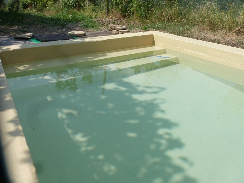 Peinture piscine et bassin arcapiscine arcane industries for Enduit piscine beton