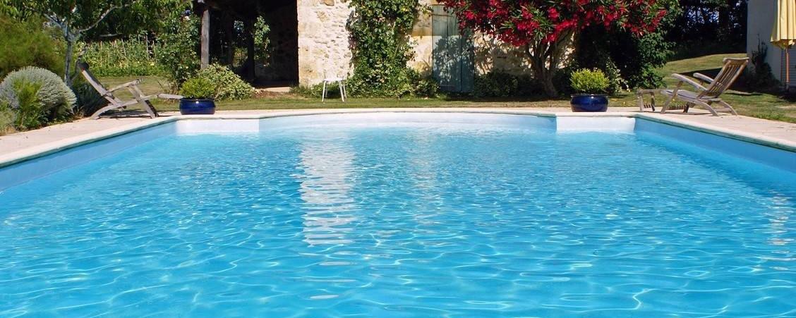 Etanchéité et mise en peinture des piscine